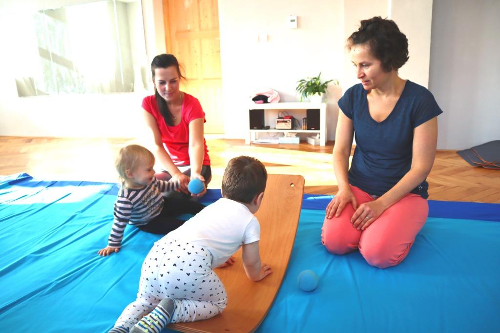 Aktivity se hodně podřizovaly dětem. Cvičilo se pouze s tím, co v danou chvíli zaujalo jejich pozornost.